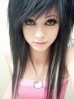 Emo Teens with great makeup. Amateur..