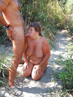 Fatty mature hooker sucking outdoor in..