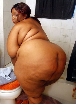 Most fattest black women nude..
