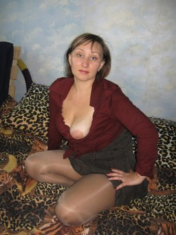 Ugly mature Slav with saggy breasts