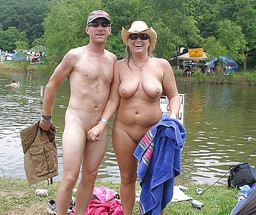 FKK swingers, nude moms sunbathing on..