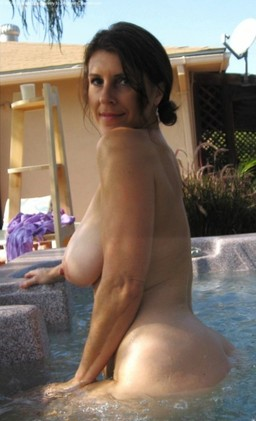 Muscular fifty-year-babe with a shaved..