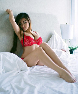Chinese glamorous Lady with huge..