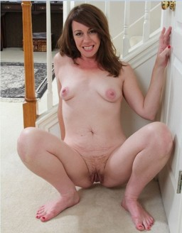 Horvy mature women show these nude..