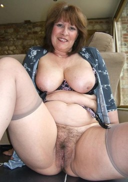Mature pussy porn collection