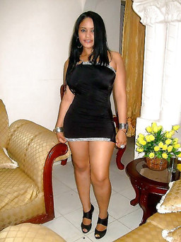 Swarthy ethnic girlfriend with thick..