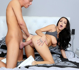 Big titted babe Sofi Ryan stole dude..
