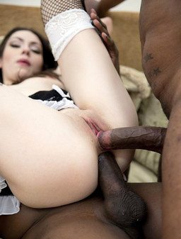 Tall chick Arwen Gold interracial..