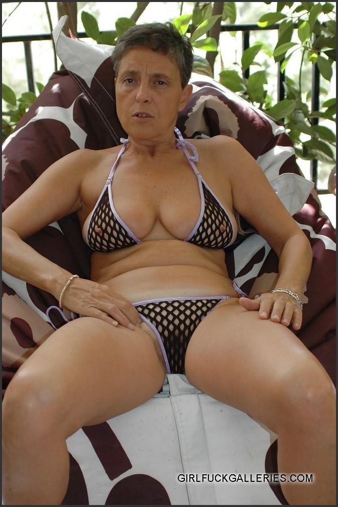 Hannah Owens Nude