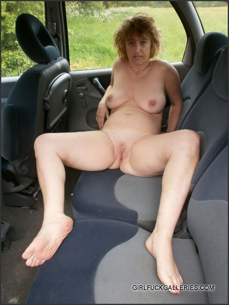 naked mature cougars sexy pics from vacation picture 4