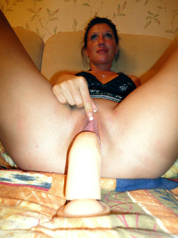 Hot dildo fucking and Amateur..