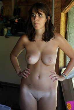 Fully naked mature wives posted their..