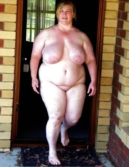 These nude fatty grannies still whant..
