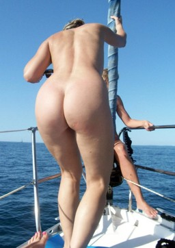 Drunk girls nudists on a yacht, it is..